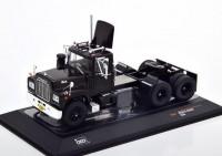 1:43 седельный тягач Mack R-Series 1966 Black