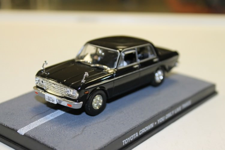 "1:43 Toyota Crown S40 из к.ф. ""You Only Live Twice"" 1967 (black)"