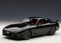 "1:18 Mazda Savanna RX-7 (FD) ""Spirit R"" Type A 2002 (brilliant black)"