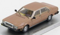 1:43 Maserati Quatroporte 4.9 1983 (oro longchamp)