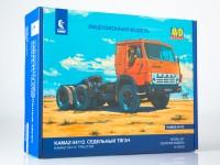 1:43 Сборная модель КАМский грузовик-54112 седельный тягач