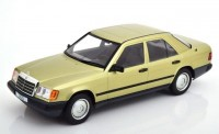 1:18 MERCEDES-BENZ 200 D (W124) 1984 Metallic Light Green