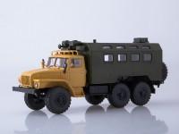 1:43 Уральский грузовик 4320 кунг бежевый/зелёный
