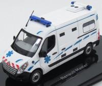 "1:43 Renault Master III ""Ambulance"" (скорая медицинская помощь) Франция 2011"