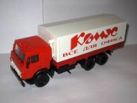 1:43 Камский грузовик-53212 бортовой с тентом с надписью Комус