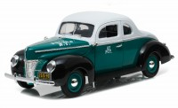 "1:18 Ford Deluxe Coupe ""New York City Police Department"" (NYPD) 1940"