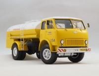 1:43 ТЗ-500 Топливозаправщик на базе МАЗ-500, 1965-1970 гг. - Аэрофлот двухцветный