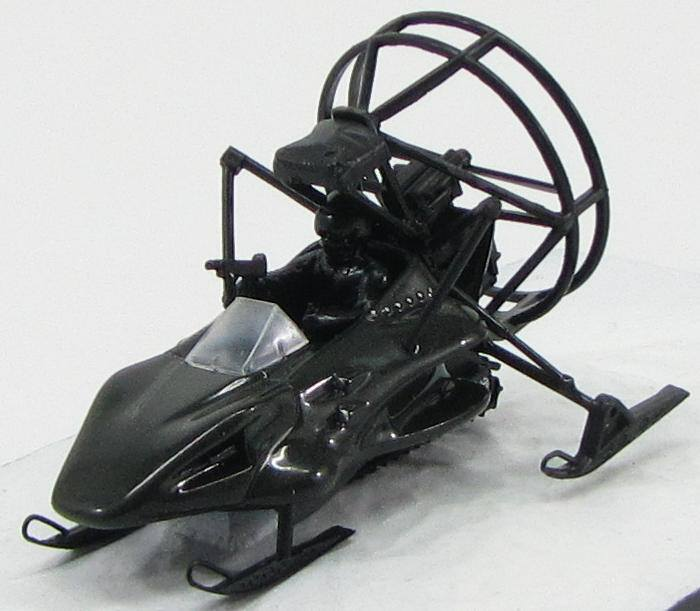 "1:43 Parahawk из к.ф. ""The World Is Not Enough"" 1999 (black)"