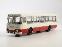 1:43 Ликинский автобус 677М, бело-красный