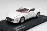 1:43 ASTON MARTIN One-77 2010 Metallic White