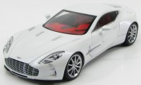 1:18 Aston Martin One 77 2009 (morning frost white)
