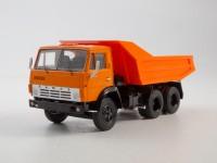 1:43 КАМский грузовик-5511