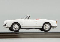 1:43 Alfa Romeo Giulietta Spider 1955 (farina white)