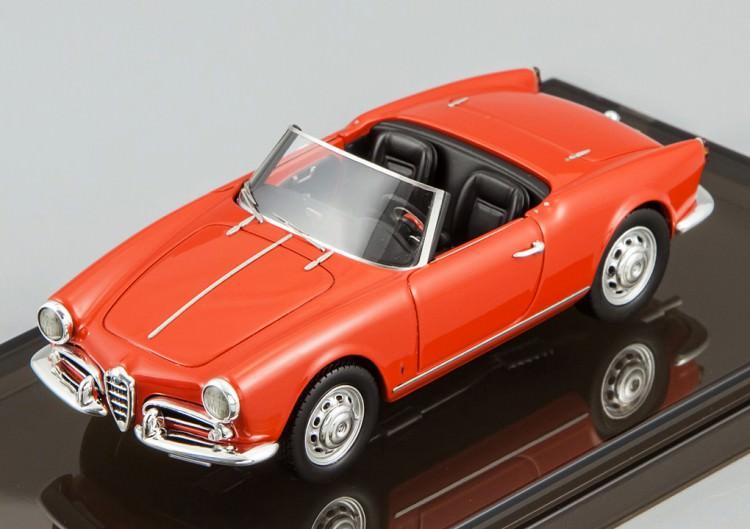 1:43 Alfa Romeo Giulietta Spider 1955 (farina red)