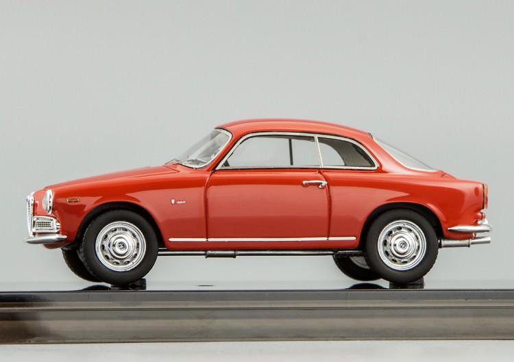 1:43 Alfa Romeo Sprint 1300 (alfa red)