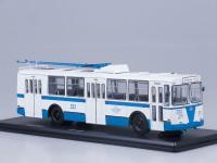 1:43 ЗИУ-682Б бело-голубой (рабочие штанги)