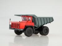 1:43 Карьерный самосвал БЕЛАЗ-540А, красный/серый