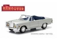 """1:43 MERCEDES-BENZ 280SE Cabriolet (W111) 1969 (из к/ф """"Мальчишник в Вегасе"""")"""