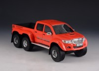 1:43 TOYOTA Hilux AT44 6x6 Arctic Truck 2014 Orange-Red