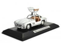 1:43 MERCEDES-BENZ 300 SL 1954 Silver