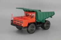 1:43 БелАЗ-7522 карьерный самосвал, красный / зеленый