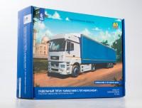 1:43 Сборная модель Камский грузовик 5490 с полуприцепом НЕФАЗ-93341