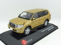 1:43 TOYOTA LAND CRUISER 200 2010 Gold Mica