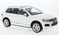 1:18 VW Touareg II 2012 White