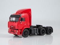 1:43 КАМский грузовик-6460 седельный тягач (со спойлером)