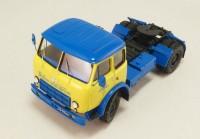 1:43 МАЗ-504А седельный тягач Главмосавтотранс (двухцветный)