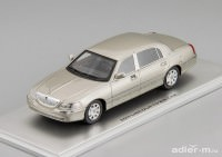 1:43 Lincoln Town Car 2011 (silver)