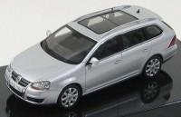 1:43 Volkswagen Golf V Variant (silver metallic)