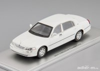 1:43 Lincoln Town Car 2011 (white)