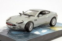 "1:43 ASTON MARTIN V12 Vanquish ""Die Another Day"" 2002 Silver"
