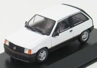 1:43 Opel Corsa SR 1983 (polar white)