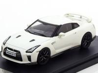 1:43 NISSAN GT-R (R35) 2017 Metallic White