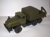 1:43 Уральский грузовик 4320-0011-31 c КМУ Инман-50