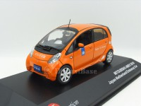 1:43 MITSUBISHI i-MIEV Japan-Netherland Embassy Car 2010