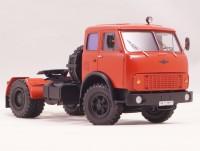 1:43 МАЗ-5429001 Экспериментальный седельный тягач 4х2, северный вариант