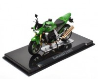 1:24 мотоцикл KAWASAKI Z1000 Green