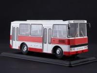 1:43 Павловский автобус-3203