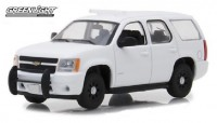 1:43 CHEVROLET Tahoe Police PPV with accessories 2010 Plain White