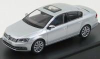1:43 Volkswagen Passat Limousine 2010 (silvermet.)