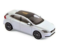 1:43 VOLVO V40 2016 Crystal White Metallic