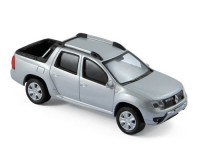 1:43 RENAULT Duster Pick-Up Oroch 4 WD 2017 Silver