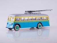 1:43 Троллейбус ЯТБ-1
