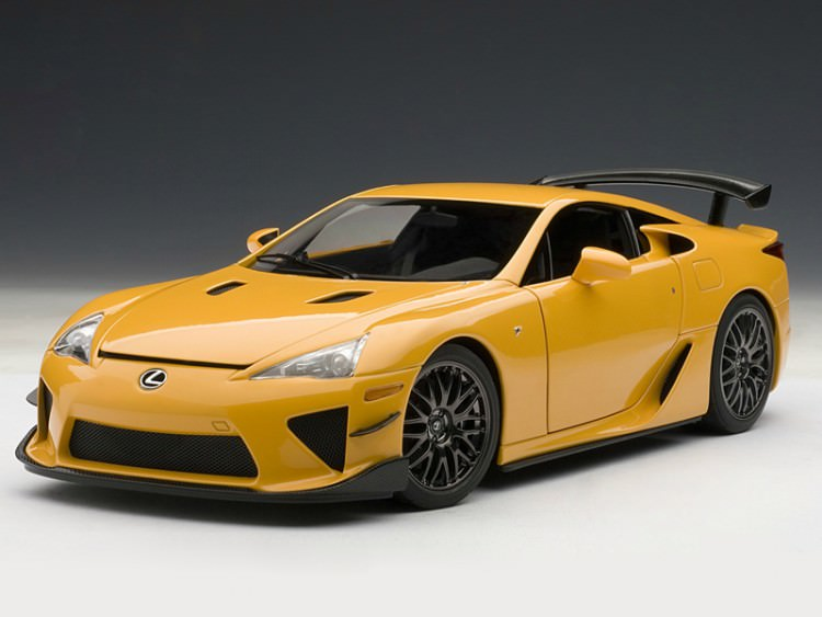 1:18 Lexus LFA Nurburgring package 2011 (orange)