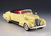 1:43 CADILLAC V16 Convertible Coupe (открытый) 1938 Yellow