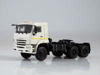 1:43 КАМский грузовик-65225 седельный тягач