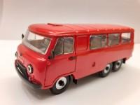 1:43 УАЗ-452К красный